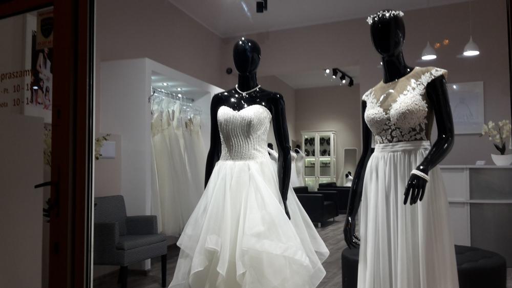 salon bydgoszcz suknie ślubne bydgoszcz toru�